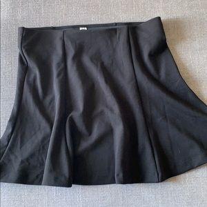 Old Navy black A Line flared skater skirt Size L